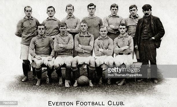 Sport Football Everton circa 1906 Back row lr RBalmer Makepeace Booth Scott Abbott WBalmer JElliott Front row lr Sharp Taylor Oliver Settle Hardman...