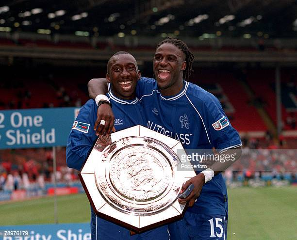 Sport Football FA Charity Shield Wembley13th August Chelsea 2 v Manchester Utd 0Chelsea's two goalscorers left Jimmy Floyd Hasselbaink and Mario...