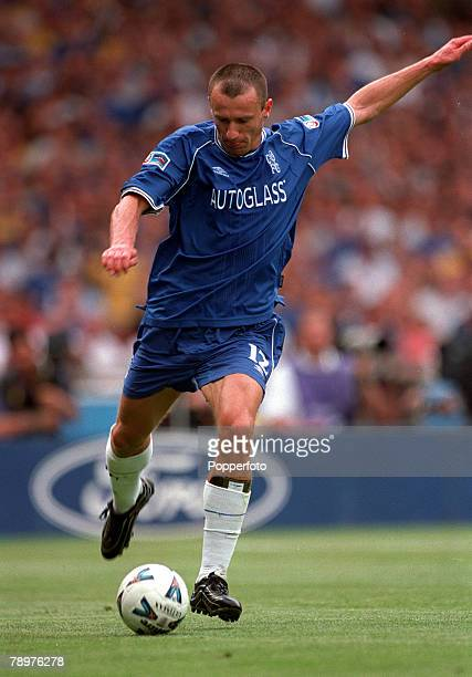 Sport Football FA Charity Shield Wembley13th August Chelsea 2 v Manchester Utd 0Mario Stanic of Chelsea prepares to strike the ball