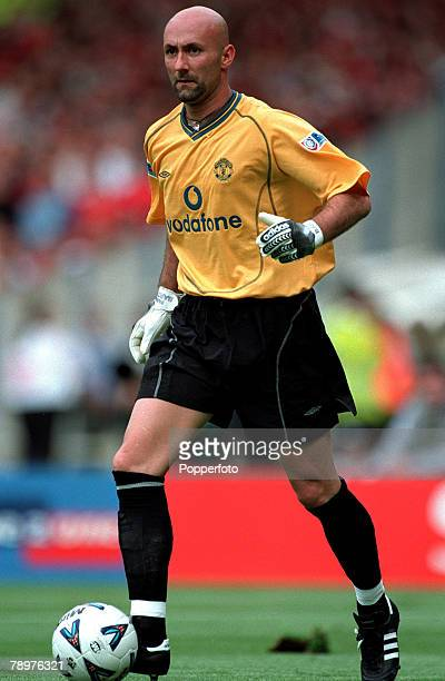 Sport Football FA Charity Shield Wembley13th August Chelsea 2 v Manchester Utd 0Fabien Barthez of Manchester United
