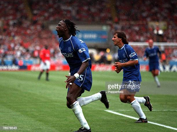Sport Football FA Charity Shield Wembley13th August Chelsea 2 v Manchester Utd 0Mario Melchiot runs away to celebrate after scoring Chelsea's 2nd...
