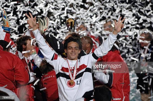 Sport Football FIFA Club World Championship Toyota Cup 2005 Yokohama Japan 18th December 2005 Final Sao Paulo 1 v Liverpool 0 Josue of Sao Paulo...