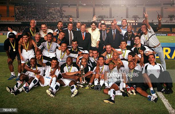 Sport Football FIFA Club World Championships Final Rio De Janeiro Brazil 14th January Corinthians 0 v Vasco Da Gama 0 The Corinthians team celebrate...