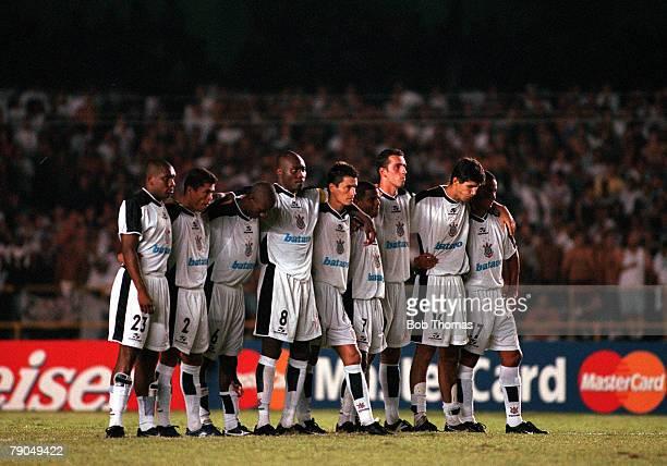 Sport Football FIFA Club World Championships Final Rio de Janeiro Brazil 14th January 2000 Corinthians 0 v Vasco Da Gama 0 Corinthians players link...