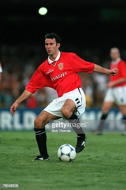 Sport Football FIFA Club World Championships Rio de Janeiro Brazil 6th January 2000 Manchester United 1 v Necaxa 1 Manchester United's Ryan Giggs