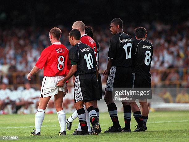 Sport Football FIFA Club World Championships Rio de Janeiro Brazil 8th January 2000 Vasco Da Gama 3 v Manchester United 1 Manchester United's Nicky...