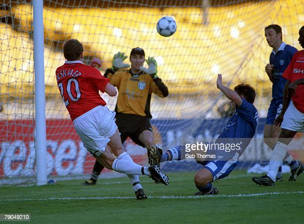 Sport Football FIFA Club World Championships Rio de Janeiro Brazil 11th January 2000 Manchester United 2 v South Melbourne 0 Manchester United's Ole...