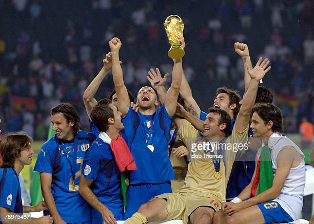 Sport Football FIFA World Cup Final Berlin 9th July 2006 Italy 1 v France 1 Italy won 53 on Penalties Italy's Alessandro del Piero holds aloft the...