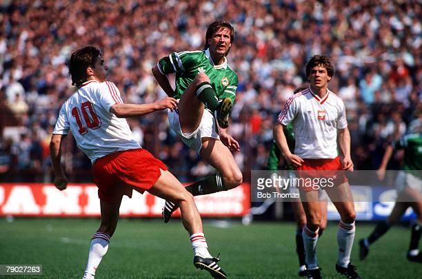Sport Football Friendly International Dublin 22nd May 1988 Republic of Ireland 3 v Poland 1 Republic of Ireland's Ronnie Whelan leaps above Poland's...