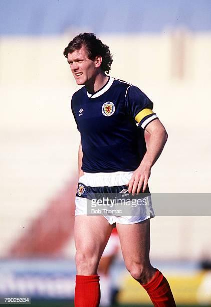 Sport Football Friendly International Valetta 22nd March 1988 Malta 1 v Scotland 1 Scotland's Roy Aitken