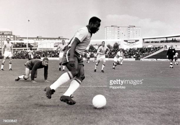 Sport Football Friendly Match Sweden 6th July 1966 Malmo 1 v Brazil 3 Brazil's Pele goes around the Malmo goalkeeper to score one of his two goals in...