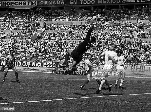 Sport Football Guadalajara Mexico 6th June 1970 Vencel Alexander the Czechoslovakian goalkeeper jumps high to save a Romanian attacking ball during...
