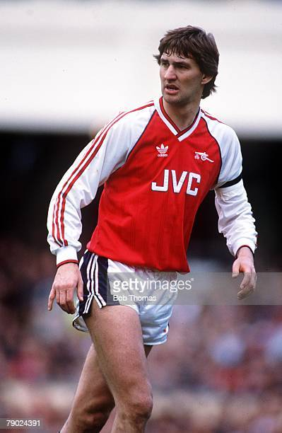 Sport Football Highbury England League Division One 8th April 1989 Arsenal 2 v Everton 0 Arsenal's Tony Adams