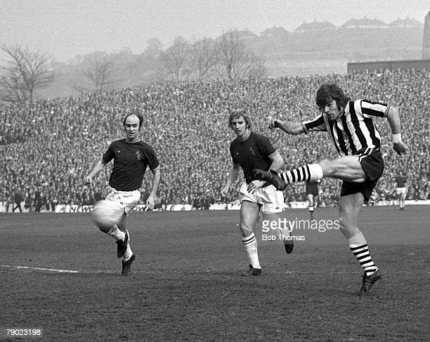 Sport Football Hillsborough Sheffield England 21st March 1974 FA Cup SemiFinal Newcastle United 2 v Burnley 0 Newcastle's Malcolm Macdonald shoots...