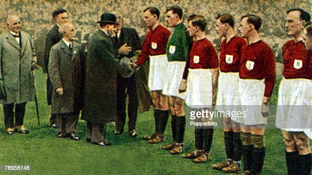 23rd April 1927 FA Cup Final at Wembley Cardiff City 1 v Arsenal 0 HM King George V meets the Arsenal team before the game