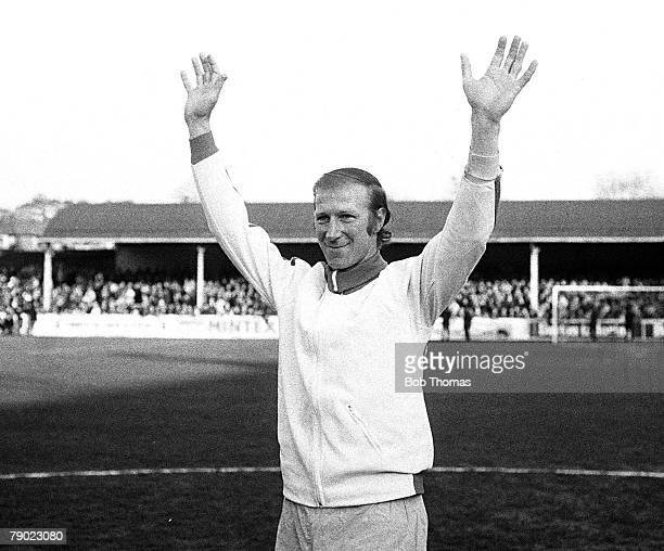 Sport, Football, Jack Charlton Testimonial, Leeds, England, 7th May 1973, Leeds United v Glasgow Celtic, Leeds United's Jack Charlton waves to the...