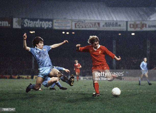 Sport Football League Cup SemiFinal 1st Leg 14th January 1981 Manchester City 0 v Liverpool 1 Manchester City's Ray Ranson tackles Liverpool's Kenny...