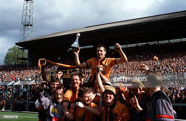 Sport Football League Division Four Molineaux 2nd May 1988 Wolverhampton Wanderers 2 v Hartlepool United 0 Top scorer Steve Bull holds the League...