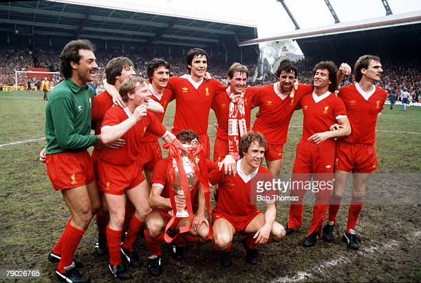 Sport Football League Division One Anfield England 25th May 1982 Liverpool 3 v Tottenham Hotspur 1 The Liverpool team celebrate with the Championship...