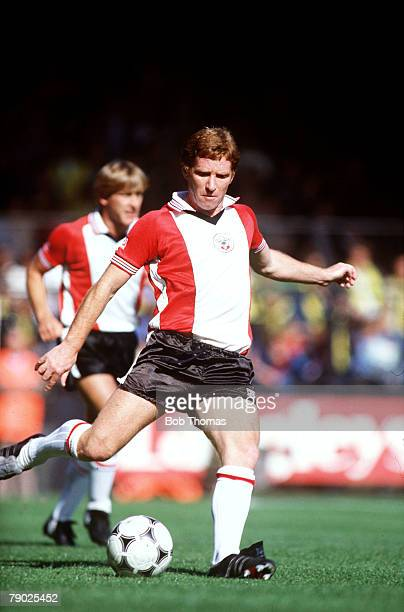 Sport Football League Division One Carrow Road England 11th September 1982 Norwich 1 v Southampton 1 Southampton's Alan Ball prepares to kick the ball