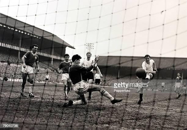 Sport Football League Division One White Hart Lane London England Tottenham Hotspur v Chelsea Tottenham Hotspur's Les Allen shoots past Chelsea...