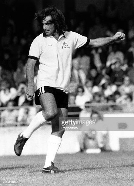 Sport Football League Division Two Craven Cottage London England 18th October 1976 Fulham v Luton Town Fulham's George Best in action during the match