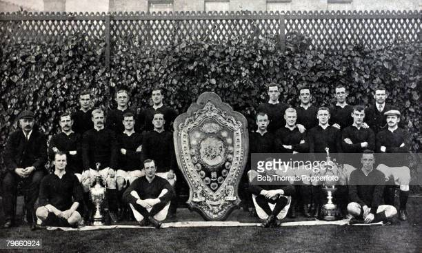 Sport Football Liverpool FC 19051906 The First Division League Champions Back row LR SHardy HGriffiths MParry RBlanthorn CWilson PSaul JBradley...