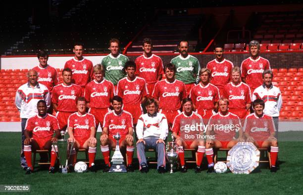 Sport Football Liverpool FC TeamGroup 199091 Season The Liverpool team pose together for a group photograph with the Manager of the Year award two...