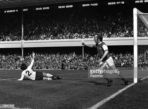 Sport, Football, London, England, 5th September 1970, League Division One, Arsenal v Tottenham Hotspur, Arsenal's George Armstrong shows his delight...