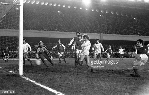 Sport Football London England 9th March 1971 European Fairs Cup Fourth Round First Leg Arsenal 2 v FC Koln 1 Arsenal's Frank McLintock scores the...