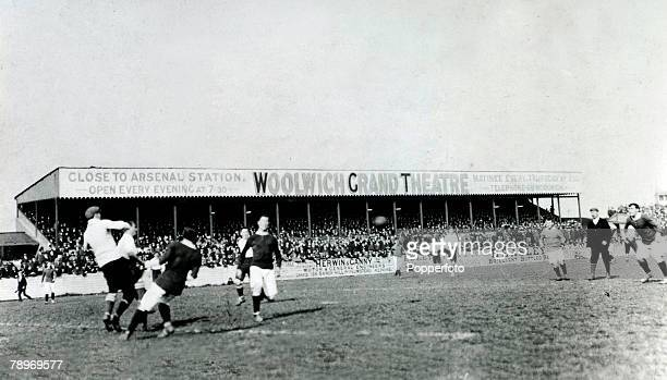 Sport, Football, London, England, pic: 28th April 1906, Southern Charity Cup Semi-Final at Plumstead, Woolwich Arsenal v Tottenham Hotspur