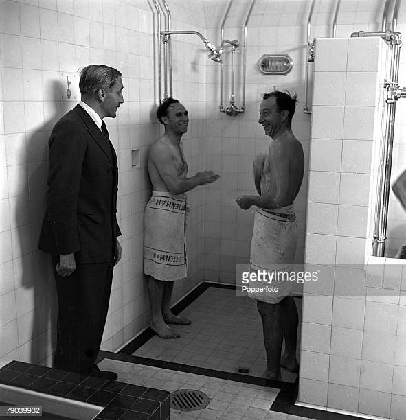Sport Football London England Tottenham Hotspur Manager Arthur Rowe chatting with Ronnie Burgess and Leslie Medley as they prepare to shower in...