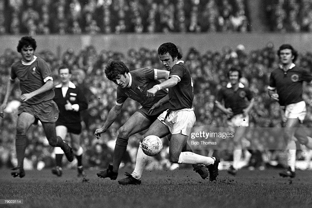 Sport, Football, Old Trafford, England, 30th March 1974, FA Cup Semi-Final, Liverpool 0 v Leicester City 0, Liverpool's Emlyn Hughes battles for the ball with Leicester's Steve Earle