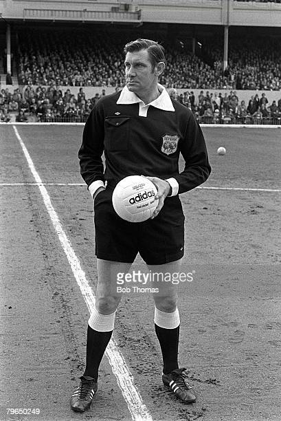 10th May 1977 Division 1 Arsenal v Middlesbrough at Highbury Top English referee Jack Taylor about to start his last match as a referee