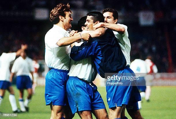 10th May 1995, European Cup Winners Cup Final, Paris, Real Zaragoza 2, v Arsenal 1, a,e,t, Real Zaragoza's Nayim is mobbed after his long range shot...