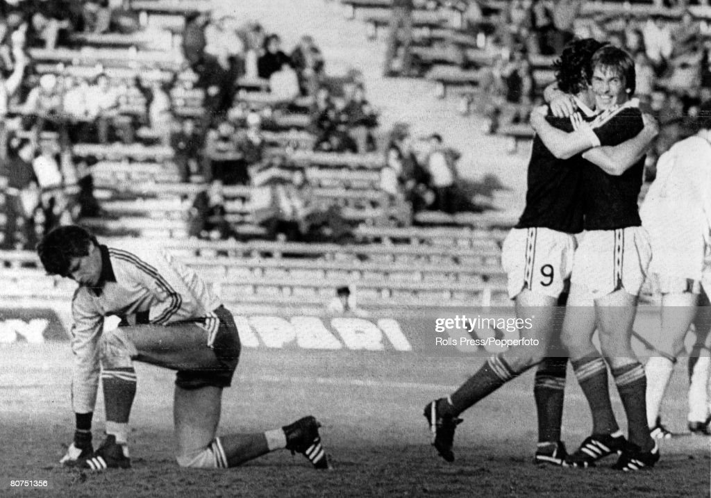 Sport Football. pic: 11th June 1978. 1978 World Cup Finals in Argentina. Scotland 3 v Holland 2. in Mendoza. Scotland's Kenny Dalglish, right, scorer of their 1st goal is hugged by Joe Jordan, Dutch goalkeeper Jan Jonbloed is on his knees. : News Photo