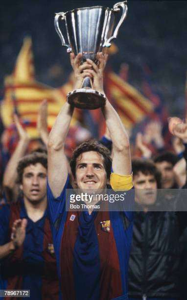 12th May 1982 European Cup Winners Cup Final Barcelona 2 v Standard Liege 1 Barcelona captain Jose Vicente Sanchez holds the Cup Winners Cup