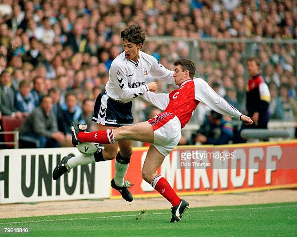 14th April 1991 FACup SemiFinal at Wembley Arsenal 1 v Tottenham Hotspur 3 Tottenham Hotspur's Gary Lineker clashes with Arsenal's Nigel Winterburn...