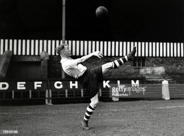 14th December 1946 Preston North End's Bill Shankly practising an overhead kick Bill Shankly won 5 Scottish caps before the war and as a Manager made...