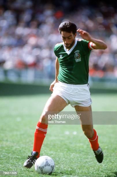 14th December 1985 Friendly International Toluca Mexico 2 v Hungary 0 Tomas Boy Mexico