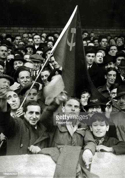 14th November 1945 Friendly Match Chelsea 3v Moscow Dynamo 3 at Stamford Bridge The visting Moscow Dynamo team are welcomed to Stamford Bridge by...