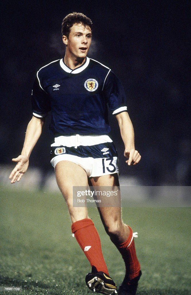 Sport. Football. pic: 14th October 1987. European Championship Qualifier at Hampden Park. Scotland 2 v Belgium 0. Derek Whyte, Scotland. Derek Whyte won 12 Scotland international caps between 1987-1999. : News Photo