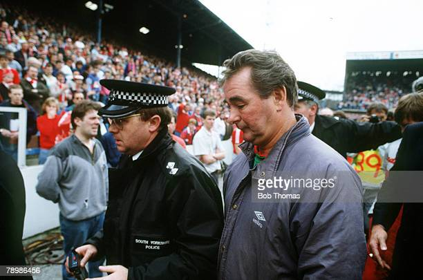 15th April 1989 FA Cup SemiFinal at Hillsborough Liverpool 0v Nottingham Forest 0 Match Abandoned Nottingham Forest Manager Brian Clough leaves the...