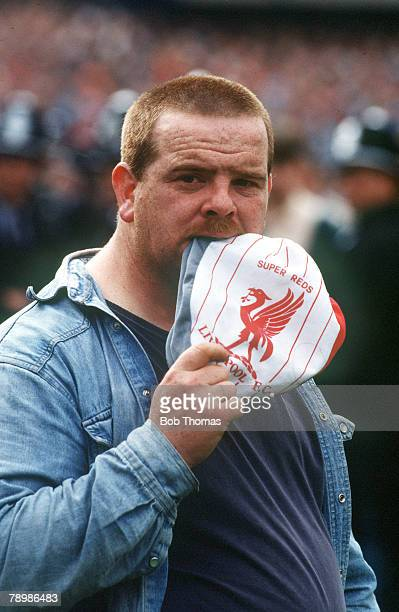 15th April 1989 FA Cup SemiFinal at Hillsborough Liverpool 0v Nottingham Forest 0 Match Abandoned A traumatised Liverpool fan who escaped the crush