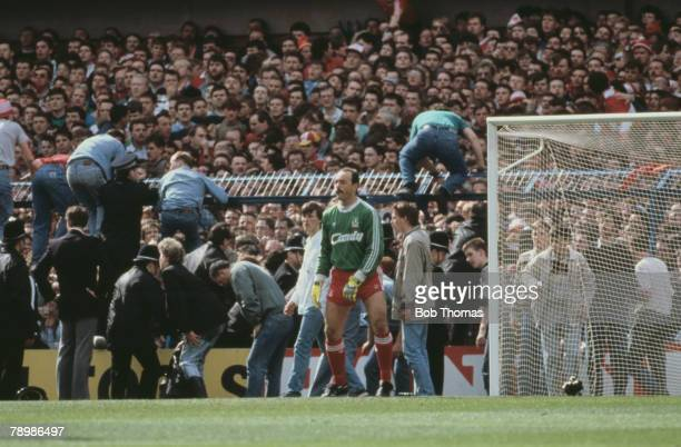 15th April 1989 FA Cup SemiFinal at Hillsborough Liverpool 0v Nottingham Forest 0 Match Abandoned Liverpool goalkeeper Bruce Grobbelaar is unaware of...