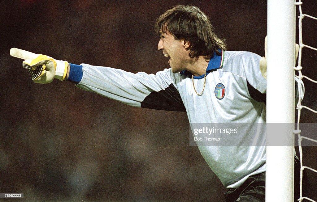 Sport. Football. pic: 15th November 1989. Friendly International at Wembley. England 0 v Italy 0. Walter Zenga, Italy goalkeeper, who won 58 Italy international caps between 1985-1992. : News Photo