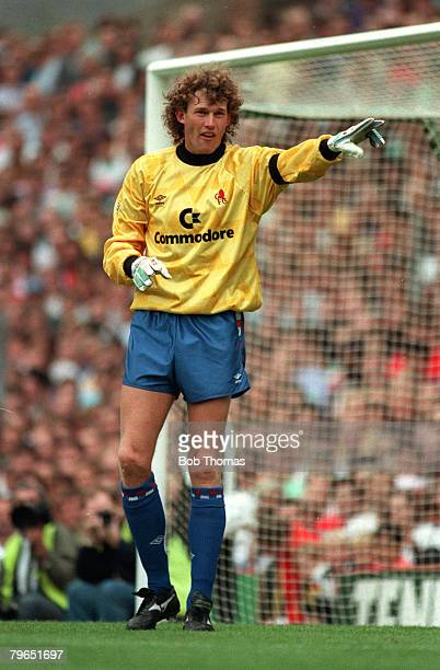 15th September 1990 Division 1 Arsenal 4 v Chelsea 1 Chelsea goalkeeper Dave Beasant