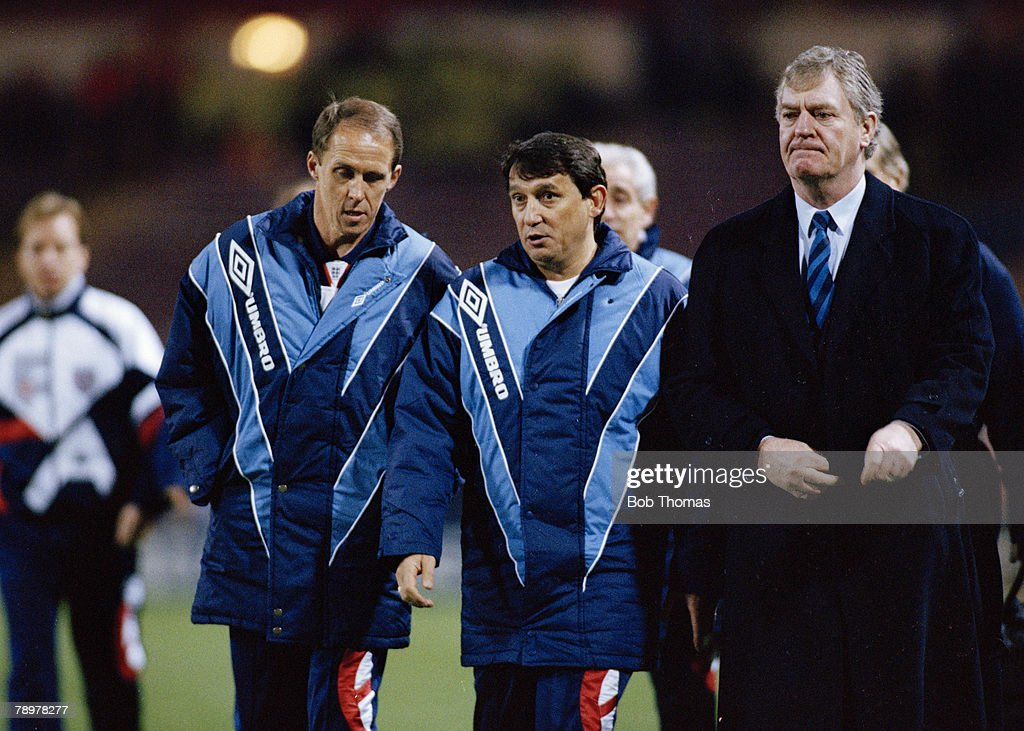 Sport. Football. pic: 17th February 1993. World Cup Qualifier at Wembley. England 6 v San Marino 0. . Graham Taylor, England Manager, flanked by his assistants Phil Neal, left and Lawrie McMenemy. Graham Taylor was the England Manager 1990-1993. : News Photo