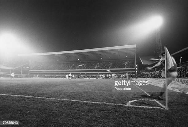 18th January 1982 Tottenham Hotspur 1 v Nottingham Forest 0 Tottenham Hotspur's impressive new stand at White Hart Lane in use for the first time