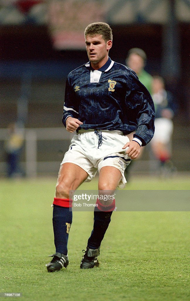 Sport. Football. pic: 18th November 1992. Ibrox Park, Glasgow. Ian Durrant, Scotland. : News Photo